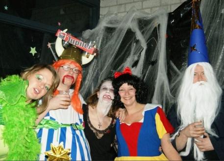 De  dames van Jazz-dans organiseerden een grandioze feestavond -- FANTASY --