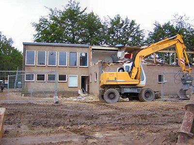 Afbreken van hetV&K club gebouw 2007